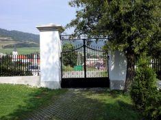 Cintorín - brána